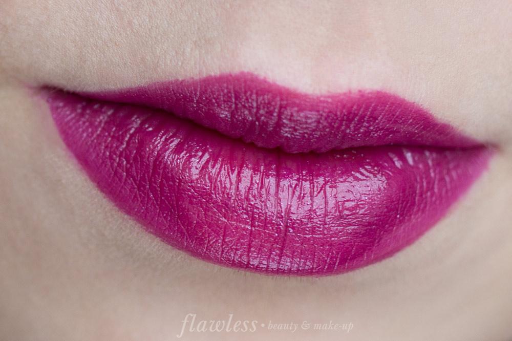 Essence Longlasting Lipstick Herbst/Winter 2016 27 Mystic Violet
