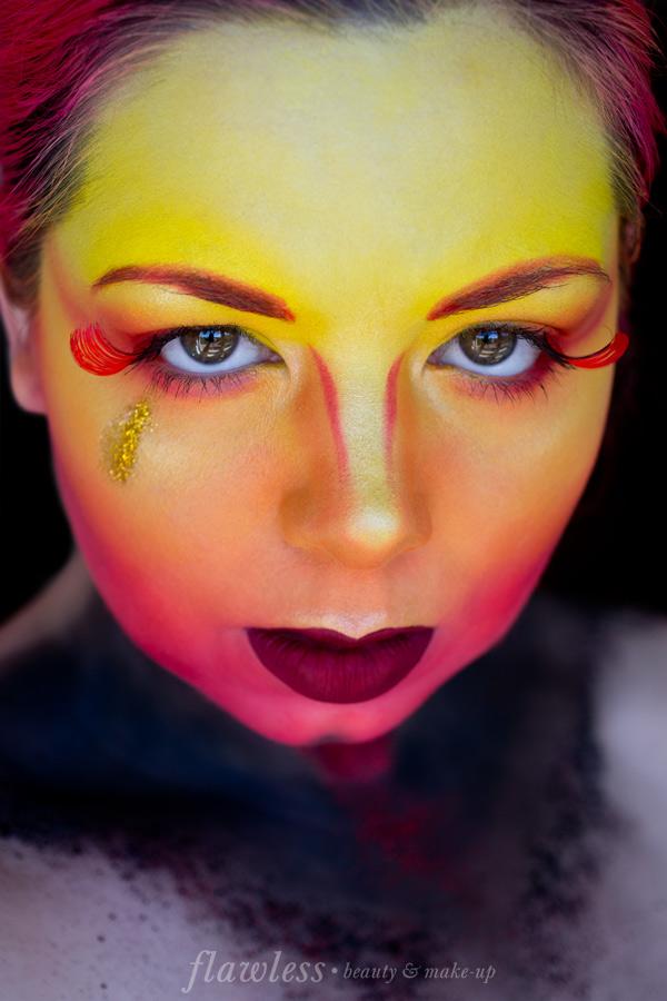 Phoenix Make-up
